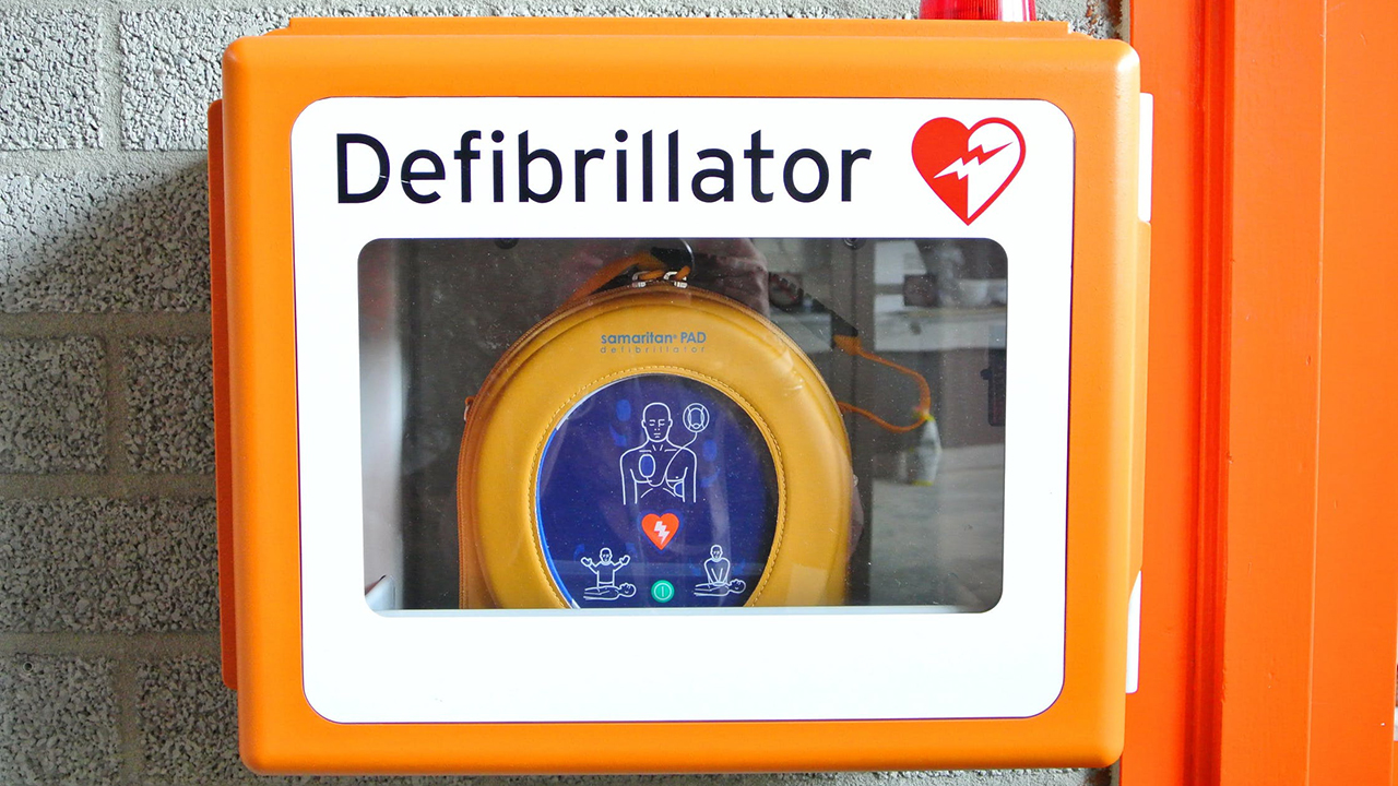 Defibrillator pexels photo 263431